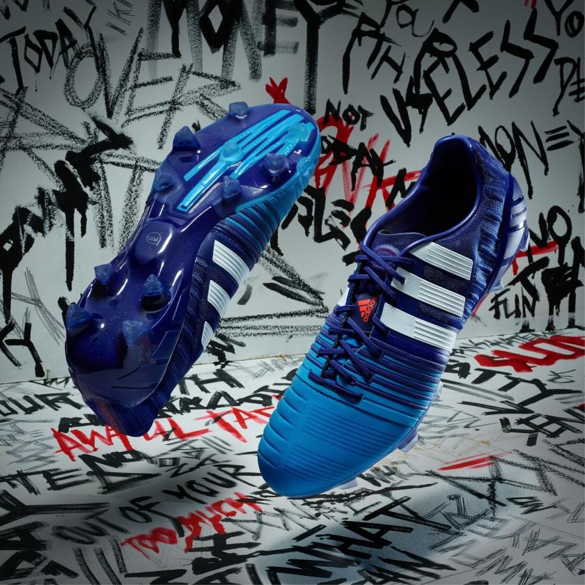 Nitrocharge 1.0 Fußballschuh seite, sohle blau Version 2015 von adidas