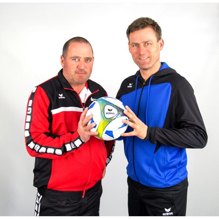 Uwe Bein u. Ingo Anderbrügge mit dem ERIMA HYBRID TRAINING Fußball 2015