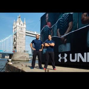 Rugby-Spieler Jamie Roberts u. Jamie Cudmore präsentieren neueste Under Armour Kollektion in London 2015
