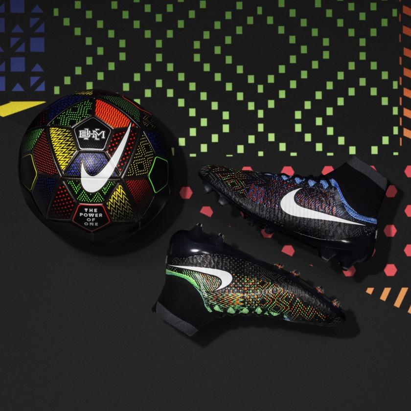 Magista Obra Fußballschuh + Fußball der Black History Month BHM Kollektion 2016 von Nike