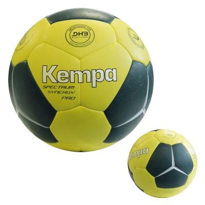 Spectrum Synergy Pro Handball 2016 von KEMPA