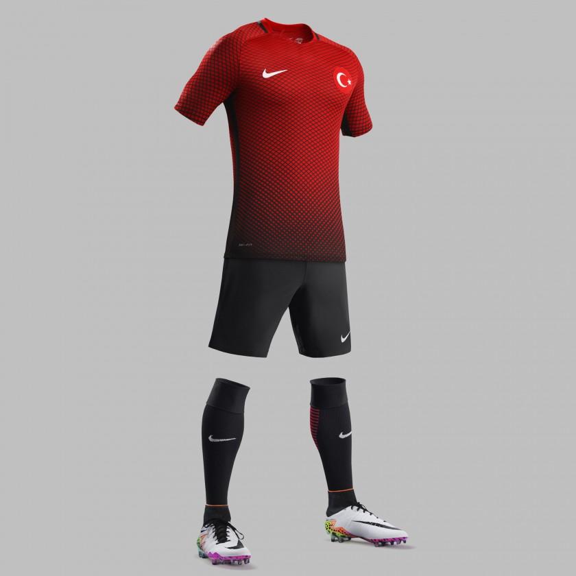 Türkei Heimtrikot, Shorts u. Stutzen für die EM 2016 von Nike