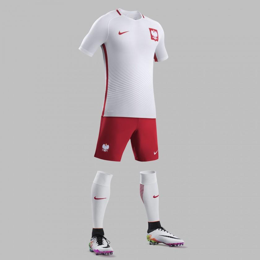 Polen Heimtrikot, Shorts u. Stutzen für die EM 2016 von Nike
