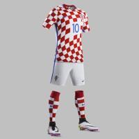 Kroatien Heimtrikot, Shorts u. Stutzen fr die EM 2016 von Nike