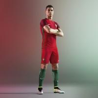 Cristiano Ronaldo im Heimtrikot von Portugal fr die EM 2016 von Nike