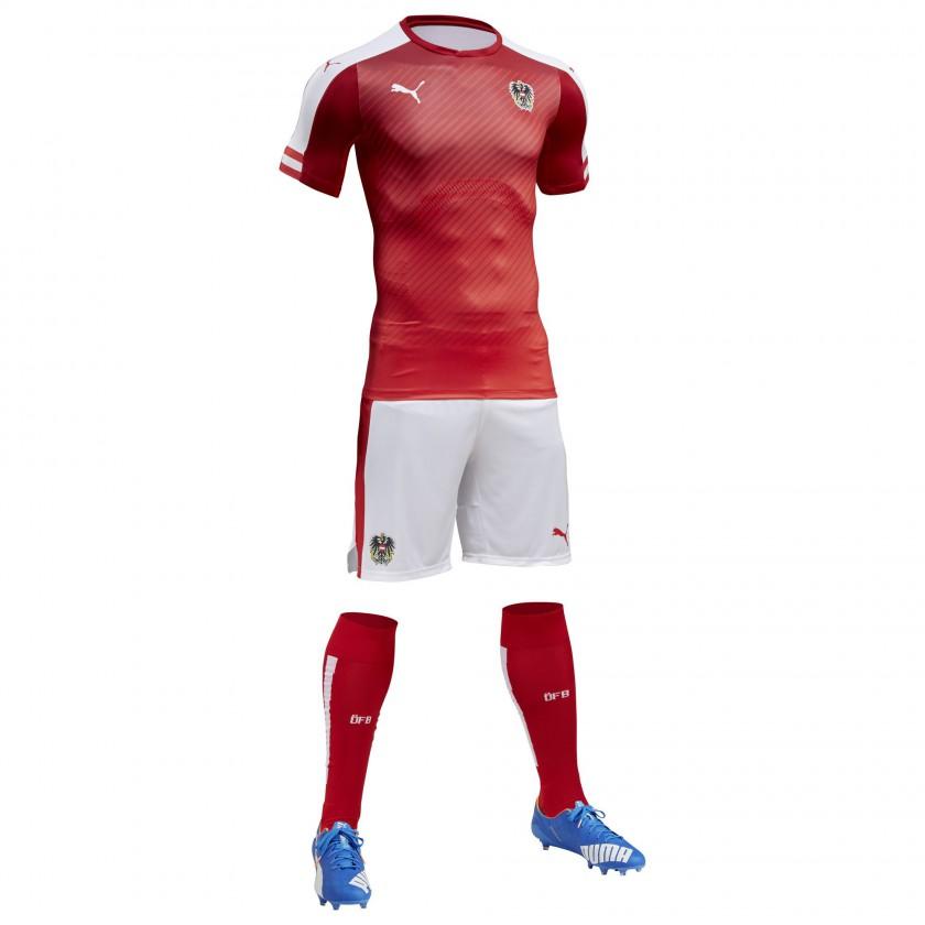 sterreich Heimtrikot, Shorts u. Stutzen für die EM 2016 von Puma