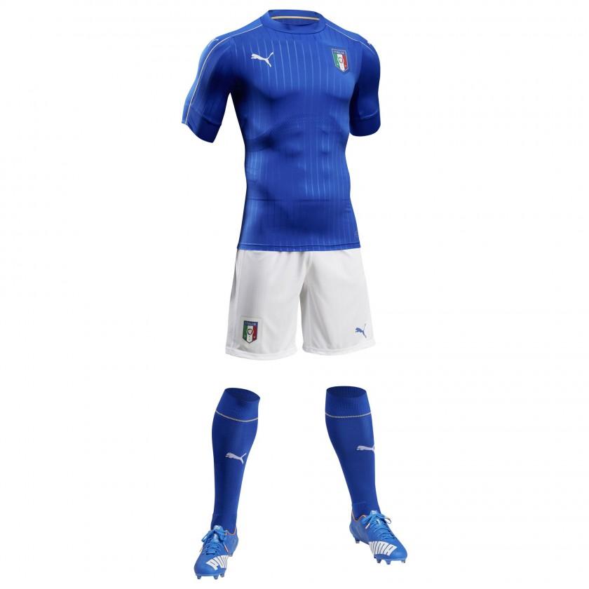 Italien Heimtrikot, Shorts u. Stutzen fr die EM 2016 von Puma