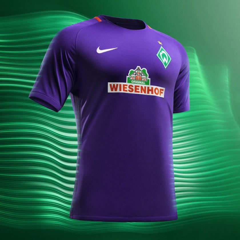 buy popular 10025 fdd09 Fußball: Bundesliga 2016/17: Die neuesten Trikots der Vereine