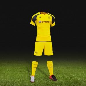 Borussia Dortmund Champions-League-Trikot /-Outfit 2016/17 von Puma