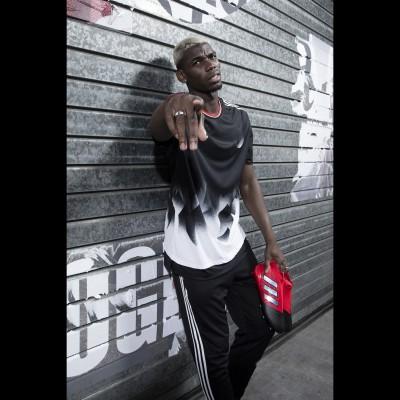 Paul Pogba mit seinen ACE 17+ PURECONTROL Fuballschuhen Red-Limited Edition rot/schwarz 2016 von adidas
