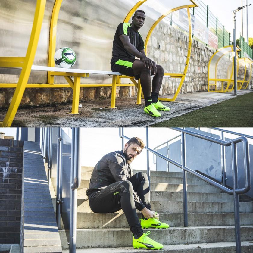 Mario Balotelli u. Oliver Giroud in den evoPOWER Vigor 1 Fußballschuhen 2017 von Puma