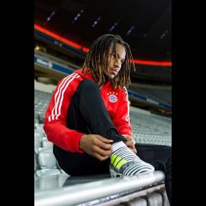Renato Sanches im Nemeziz Fußballschuh 2017 von adidas