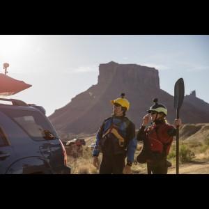 VIRB 360 Rundum-Action-Kamera auf Helmen befestigt 2017 von Garmin