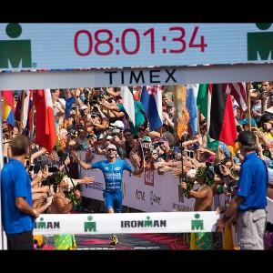 Ironman Weltmeister 2017 Patrick Lange bei seinem Triumph auf Hawaii in Hanzo Laufschuhen von New Balance
