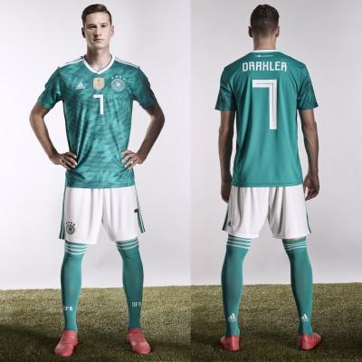 Julian Draxler im DFB-Auswrtstrikot von adidas fr die WM 2018 in Russland