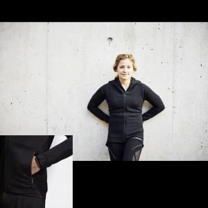 Kletterin Sasha Digiulian im adidas TERREX Polartec Power Air Fleece Jacket 2018/19