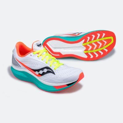 Saucony Endorphin Speed Laufschuh mit SpeedRoll-Technologie 2020