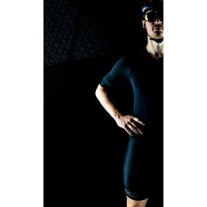 Technical Black Collection bestehend aus Trikot und Radhose Männer 2020 von BIEHLER