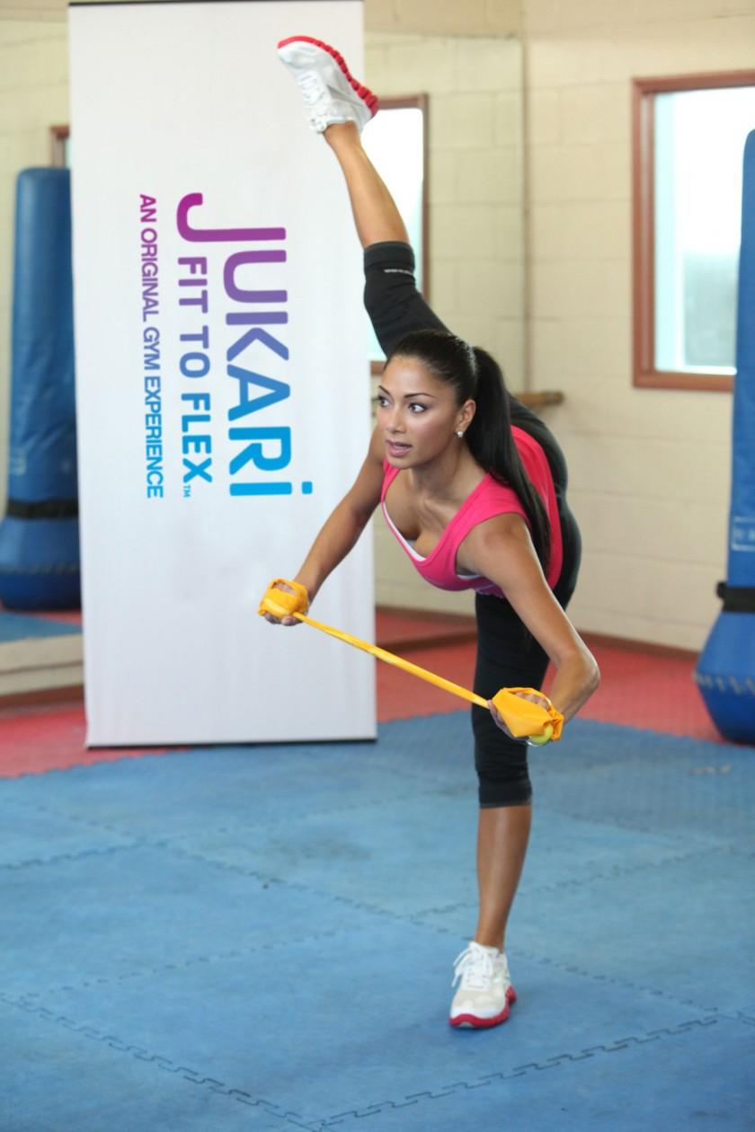 Nicole Scherzinger beim Workout JUKARI Fit to Flex
