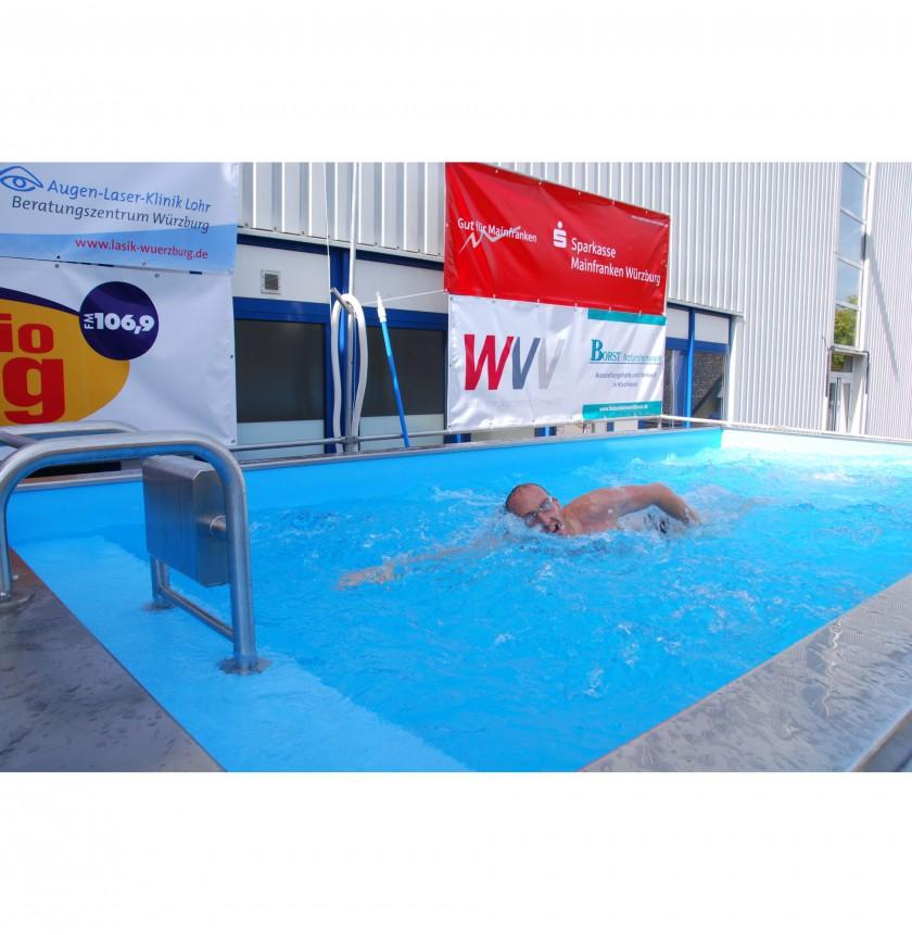 Thomas Lurz whrend seines Weltrekords im LD-Pool Gegenstrombecken
