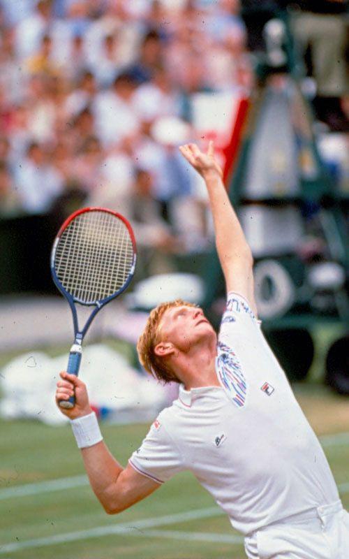 Boris Becker beim Aufschlag