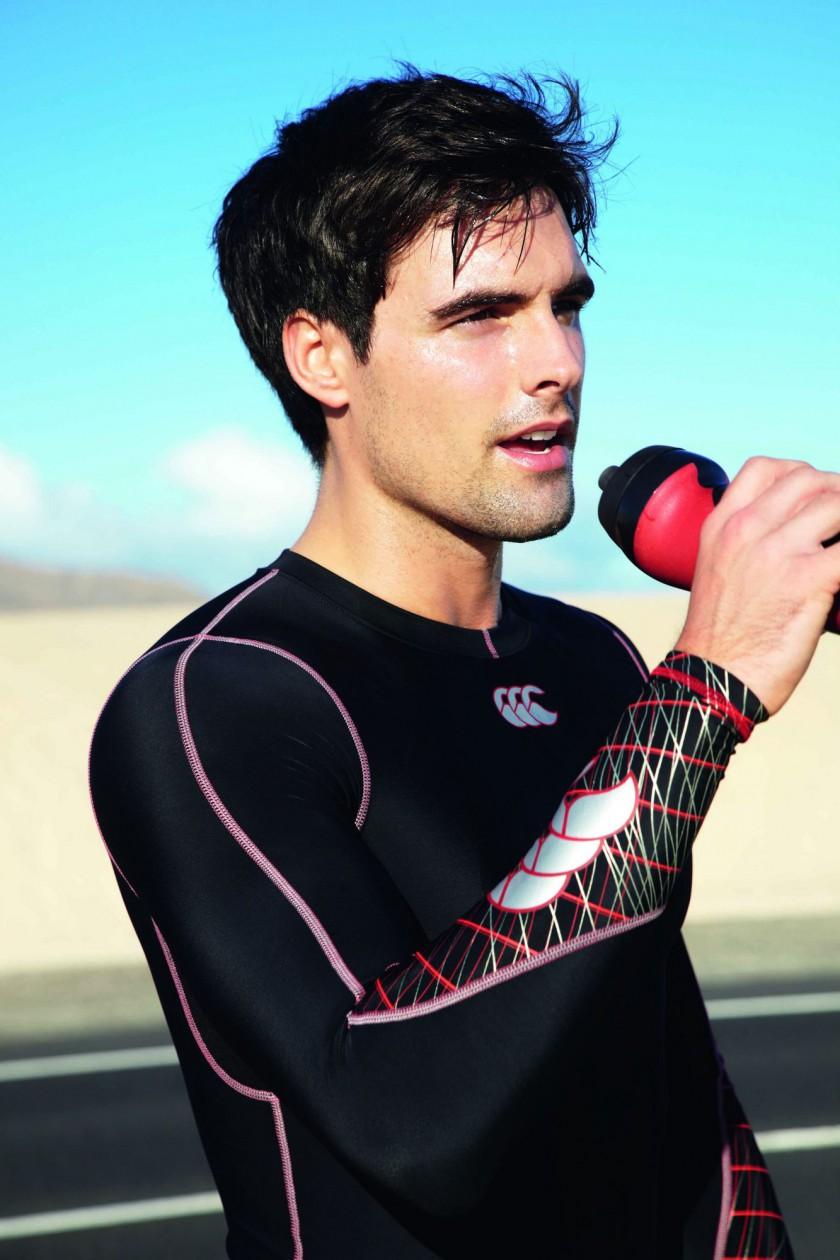 Laufbekleidung von Canterbury of New Zealand mit LYCRA Sport Fasern von INVISTA