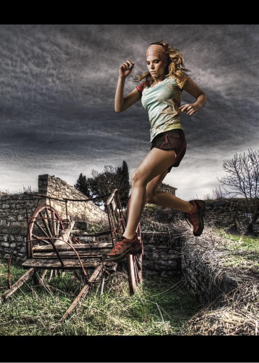 BUFF Running wear for Women ab SS 2011 - Shirt, Pants