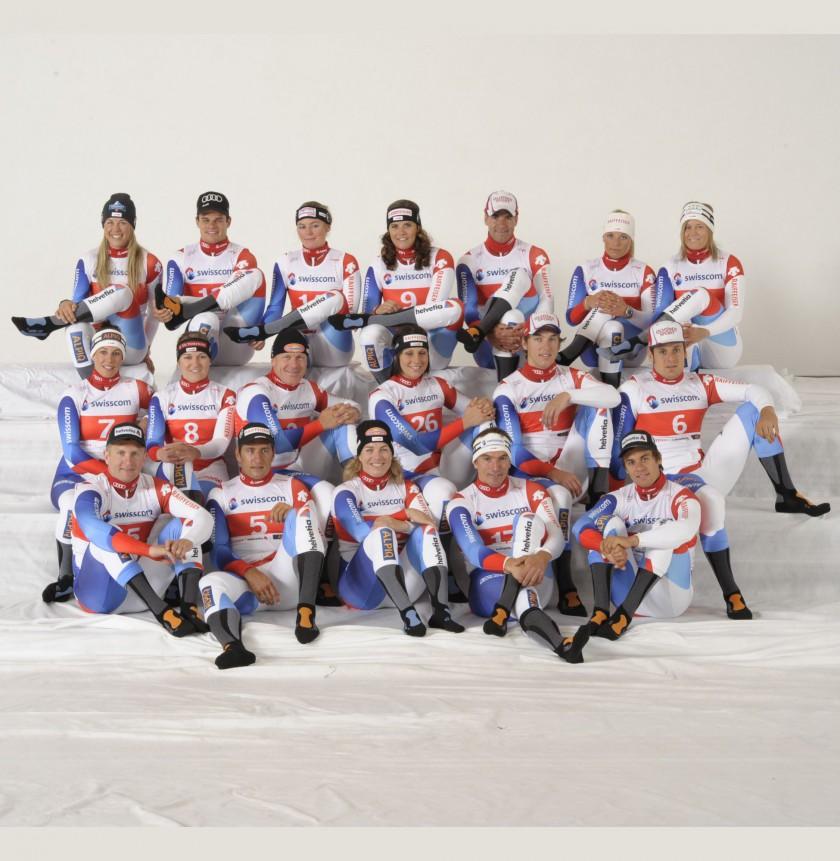 Schweizer Ski-Nationalmannschaft mit Ski Carving Ultra Light Socken der Marke X-Socks