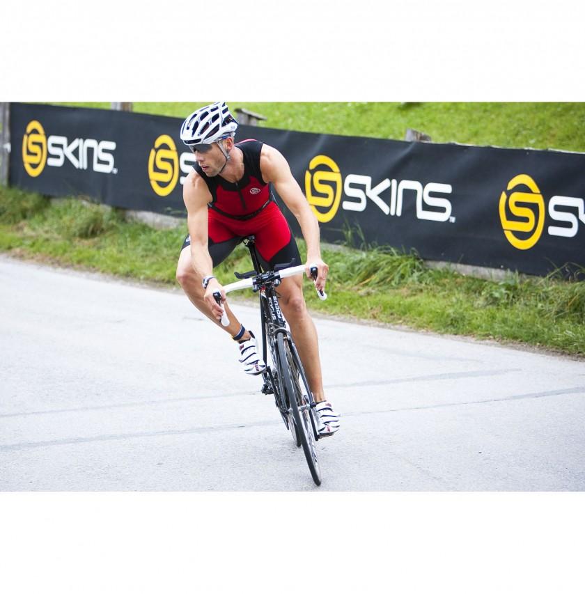 Triathlet im neuen TRI400 beim Alpen Marathon 2010 Rad