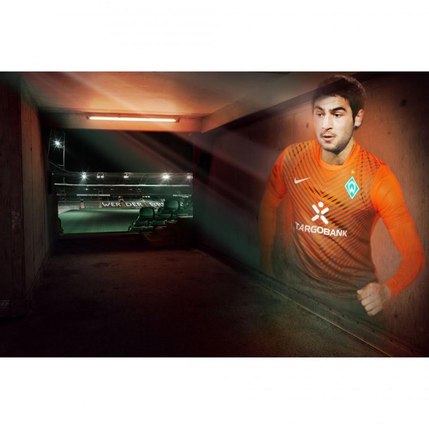 Mehmet Ekici im neuen Away Trikot vom SV Werder Bremen 2011/12