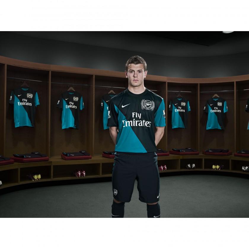 Jack Wilshere von Arsenal London im Nike Auswärtstrikot der Saison 2011/12