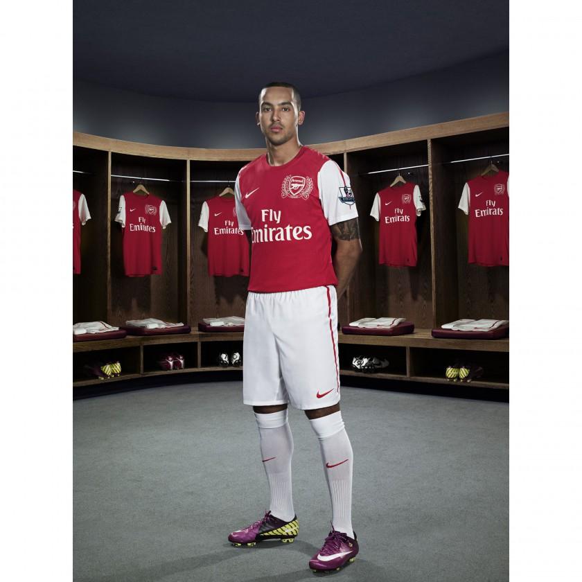 Theo Walcott von Arsenal London im Nike Heimtrikot der Saison 2011/12