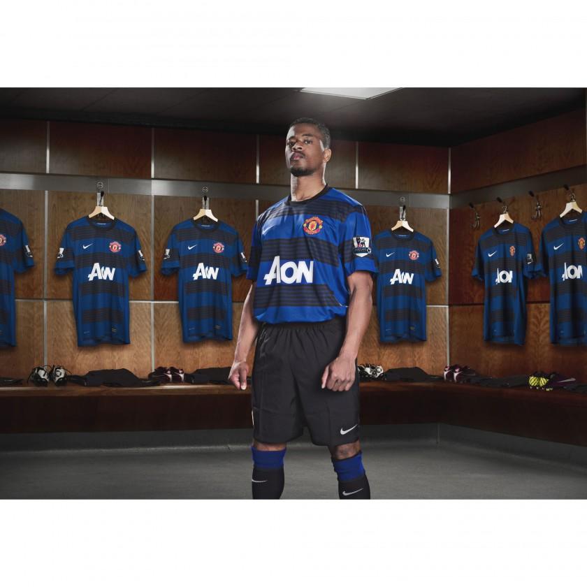 Patrice Evra von Manchester United im Nike Auswärtstrikot der Saison 2011/12