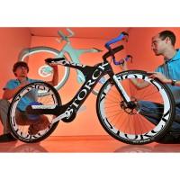 Martin Rosenbaum und Sebastian Kratzert am Carbon-E-Bike Voltist