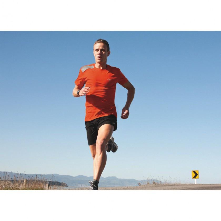 GT Run Action im SS Ace Crewe Shirt 2012