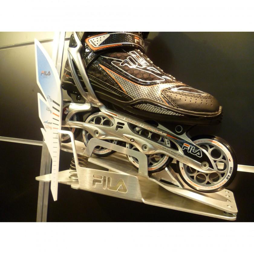 PLUME von Fila Skates wurde auf der ISPO 2012 präsentiert: PLUME Skate Display Waage