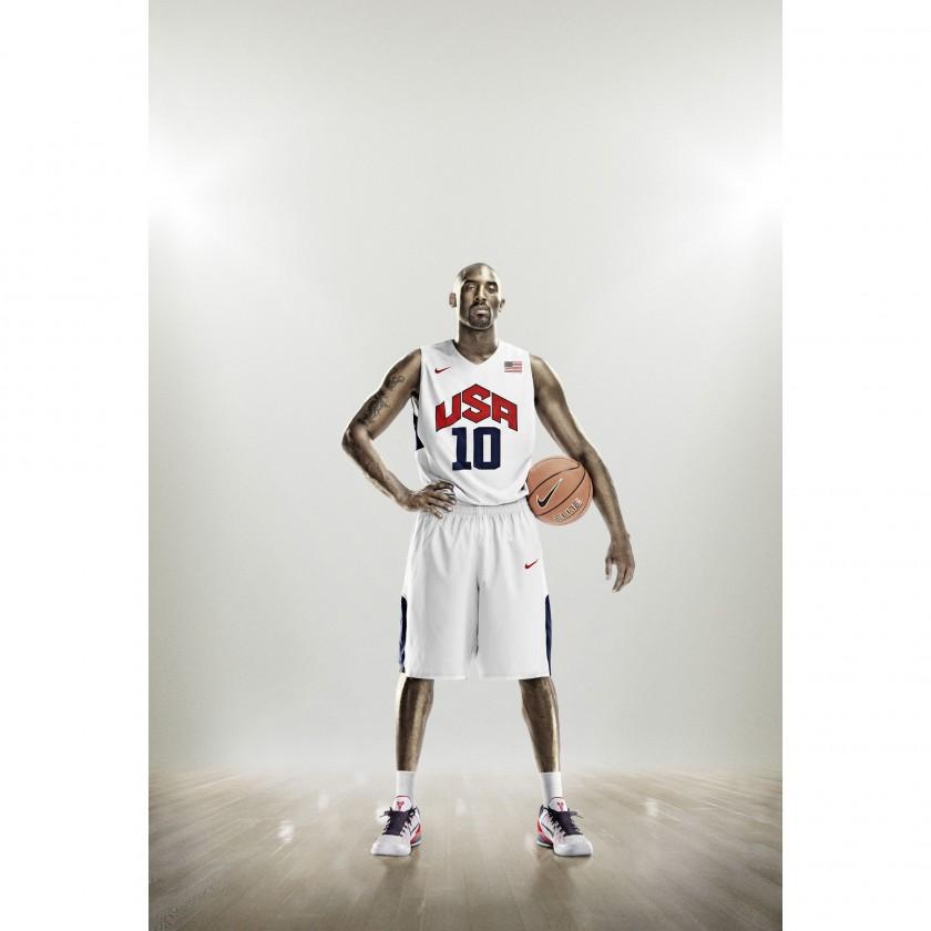 Kobe Bryant in der Nike Hyper Elite Basketball Uniform Team USA 2012