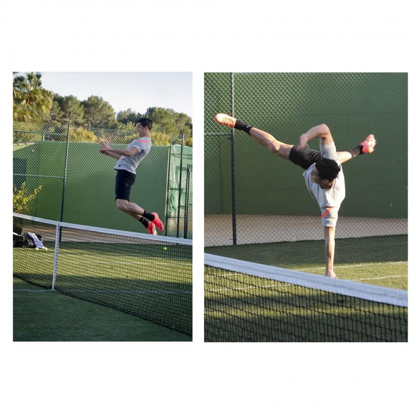 Cristiano Ronaldo Tennisplatz-Action im NIKE Mercurial Vapor VIII: Kopfball, Seitfallzieher 2012