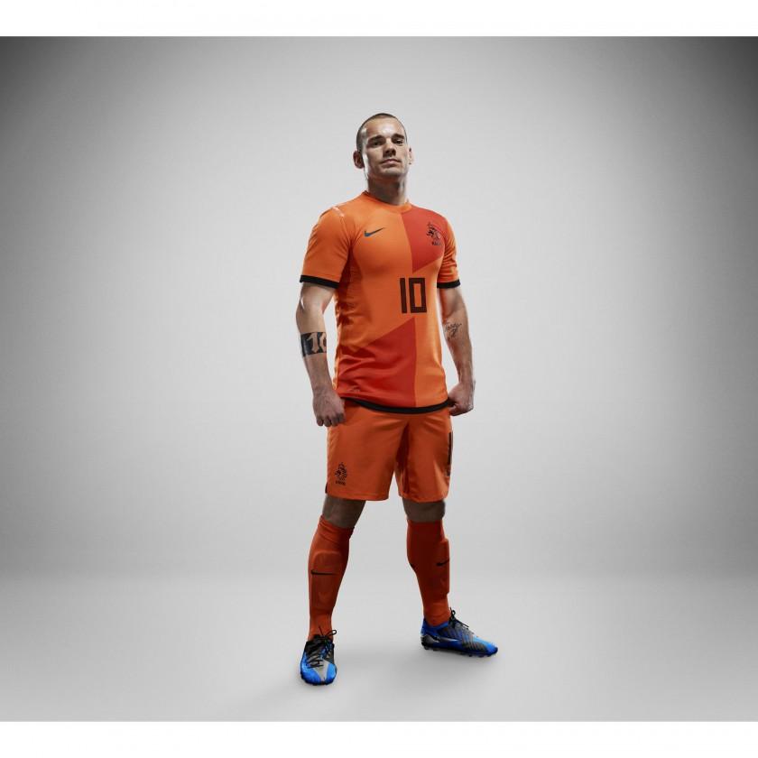 Niederlande Nike Nationaltrikot-Home-Set 2012 prsentiert von Wesley Sneijder