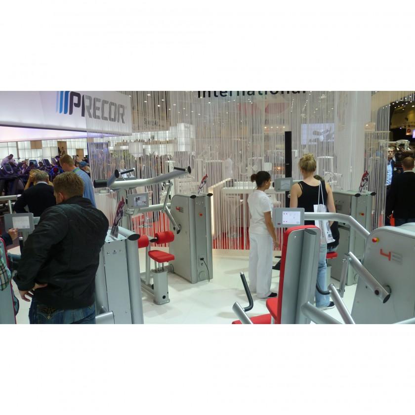 FIBO 2012: Motorisierte, isokinetische Kraftgerätelinie 4E von gym80