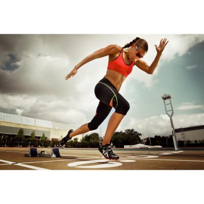 Lolo Jones mit ihrer Sportbrille RadarLock von Oakley 2012