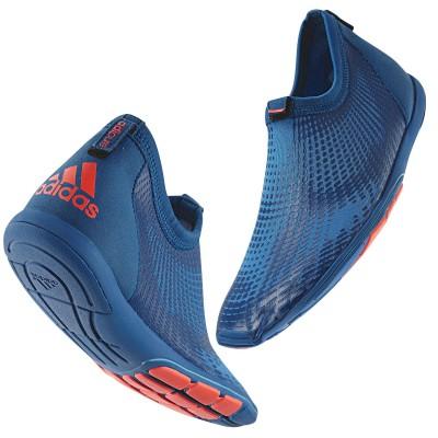adidas Trainingsschuh aus der adipure Serie 2012