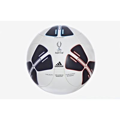 Offizieller Spielball des UEFA Super Cup 2012