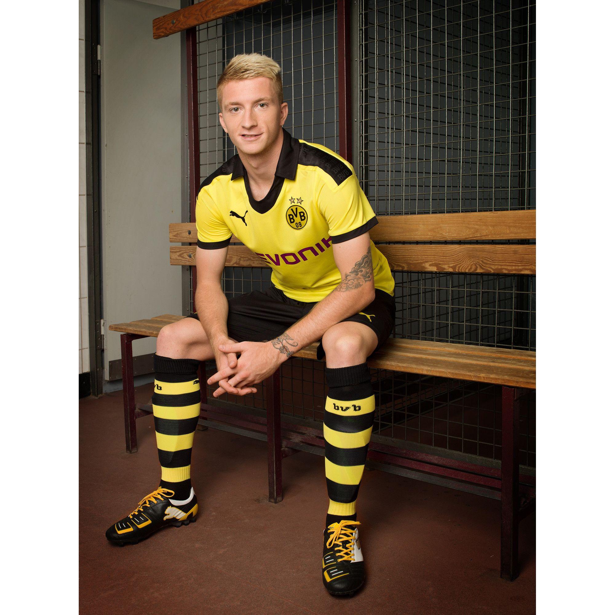 Marco Reus In Der Borussia Dortmund X Mas Kollektion 2012