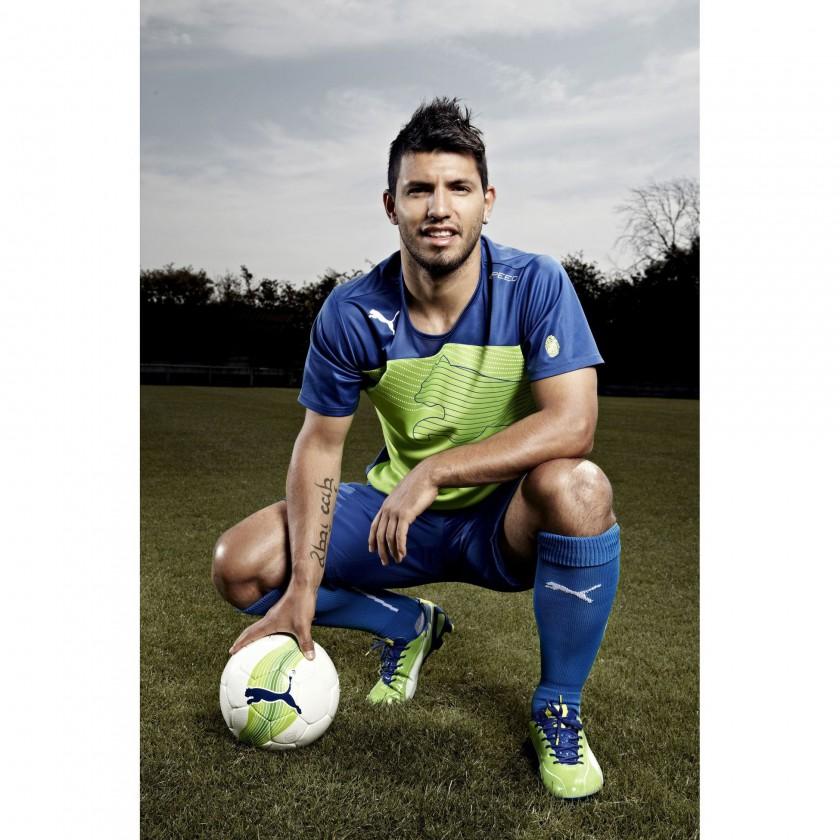 Sergio Agüero im evoSPEED 1 FG Fußballschuh green/blue 2012