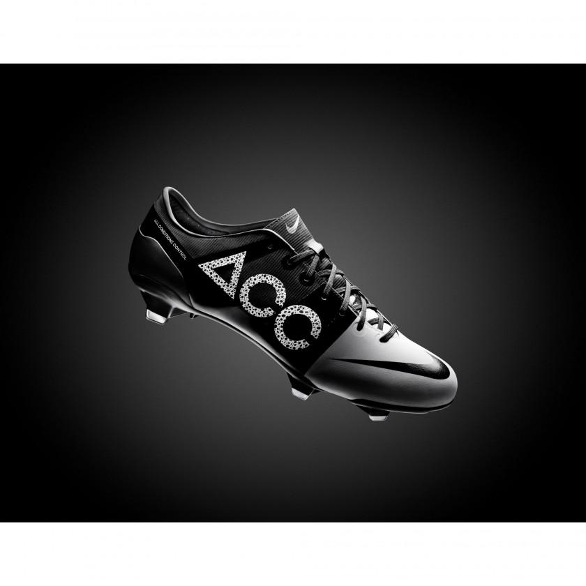 GS2 Fußballschuh mit ACC Technologie 2012