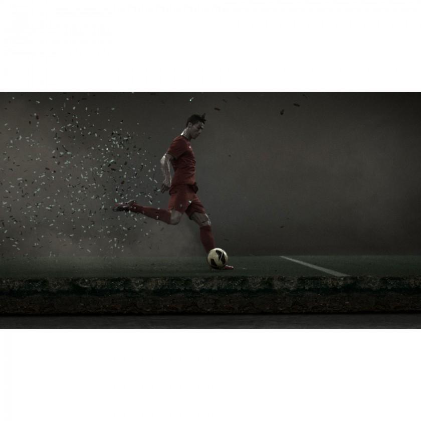 Cristiano Ronaldo Action im Mercurial Vapor IX: Schuss 2013