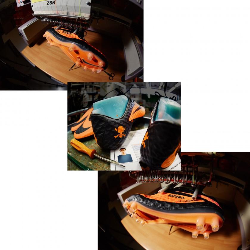 Thiago Alcantaras neuer, speziell angefertigter Hypervenom mit seinem Namen u.dem Namen seines Bruders Rafinha 2013 von Nike