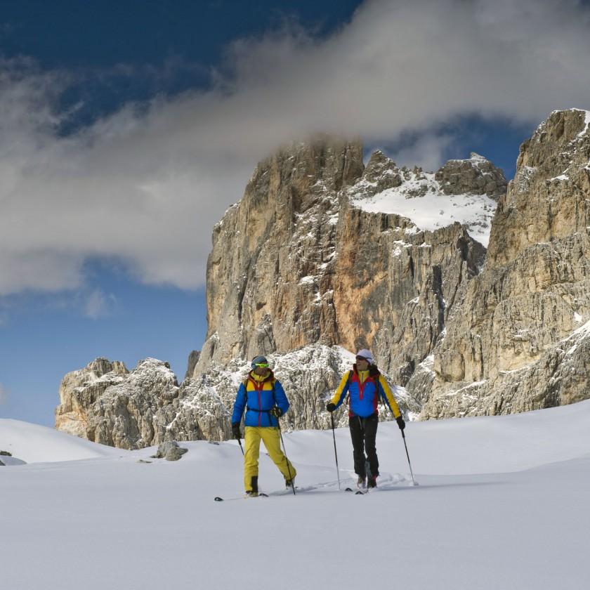 La Sportiva: Ski Mountaineering Action in der neuen Herbst/Winter 2013/14 Apparel und Hardgoods Kollektion