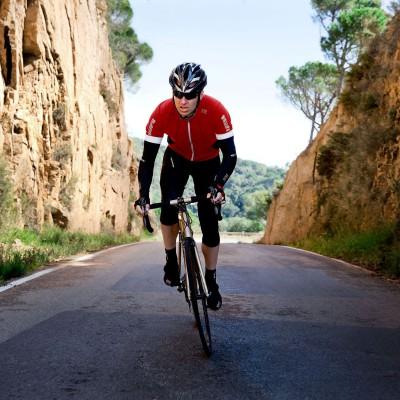 OXYGEN SO Bike-Jersey samt UNIVERSAL SO Arm Warmers 2014 von GORE BIKE WEAR